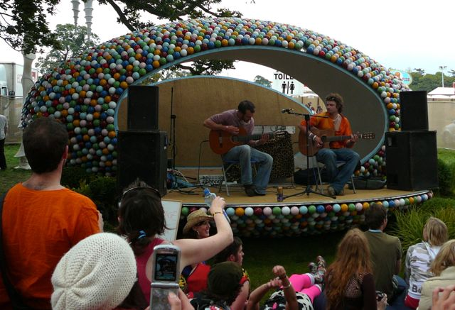 Tucan playing at the Electric Picnic in 2007