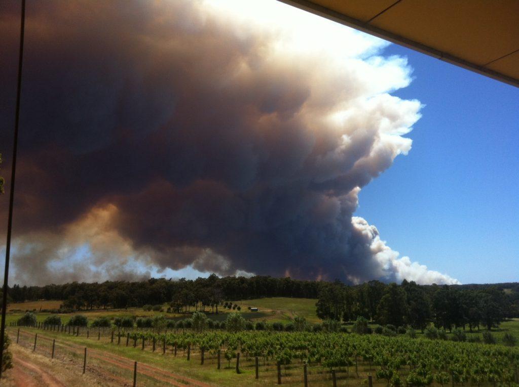 Forest fires threaten Margaret River