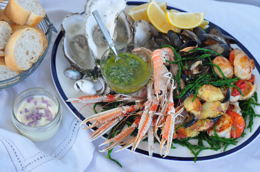 Yum! What a seafood platter!